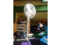 Freestanding 4ft fan excellent condition