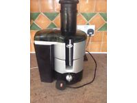 Juicer for fruit and veg, JML used but in perfect condition