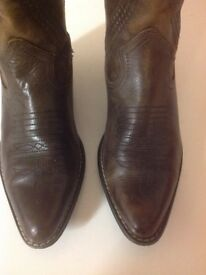 Gorgeous brown leather cowboy boots