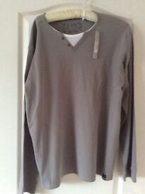 new gents long sleeved causal top large