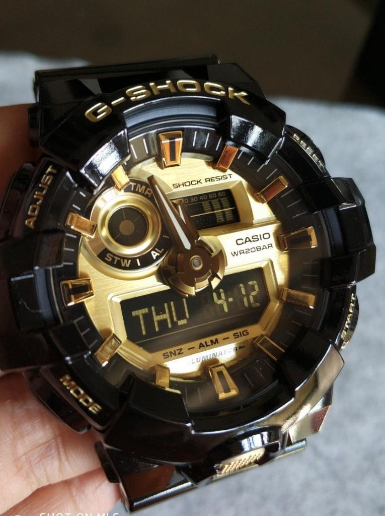 Casio G Shock GA 710GB GOLD EDITIONin Morriston, Swansea - Nearly new worn for a month hardly scratched great for outdoor use not too big and great for waterproof use eg. SwimmingSPECS Resin BandShock ResistantMineral Glass200 meter water resistanceLED light (Super illuminator)Selectable illumination...