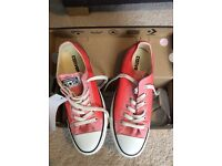 CONVERSE -BRAND NEW WITH LABELS SIZE 5