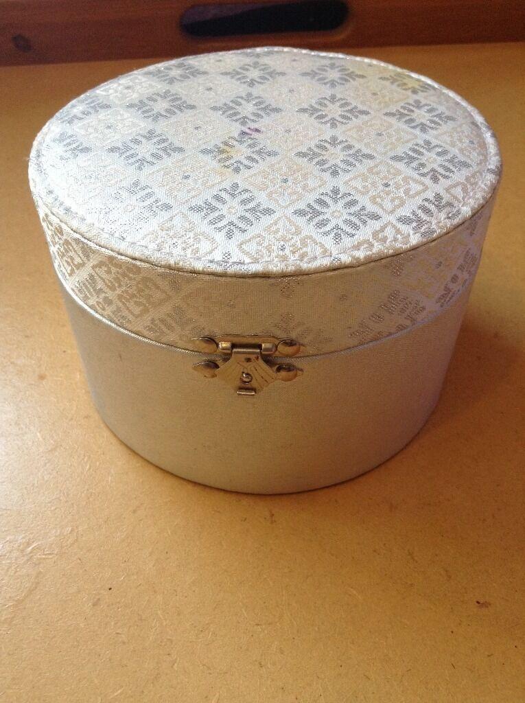 silver jewellery boxin Alvaston, DerbyshireGumtree - silver jewellery box been used but still in good condition x x