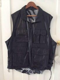 MENS LEATHER REVERSIBLE SPORTS WAIST COAT SIZE X LARGE DESIGNER M. JULIAN