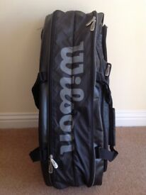 Wilson Tour Black 15 racket tennis bag