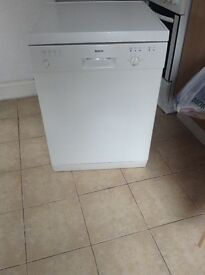 **QUICK SALE** White dish washer for sale. Fully working order. Only £30