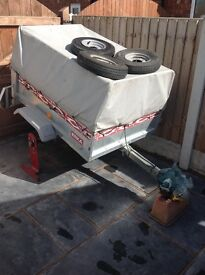 Erka 821 Trailer with Drop Back and High Frame and Cover