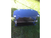black and chrome tv stand 31 in wide 21 in high 18 in depth £10