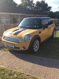 Mini Cooper 1.6 Chilli Edition yellow low mileage