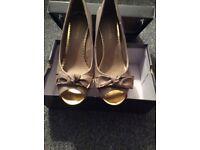 Ladies shoes ( 5 pairs )
