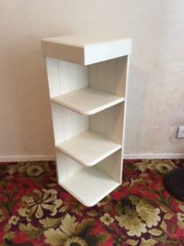 WICKES CREAM KITCHEN END WALL UNIT WITH THREE SHELVES
