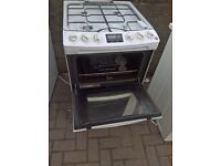 White gas cooker 55cm...Mint free delivery