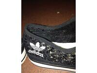 Ladies Adidas trainers size 8 brand new