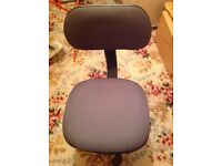 office chair swivel office chair with adjustable height like new £15.00