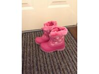 Pink girls welly/snow boots, young size