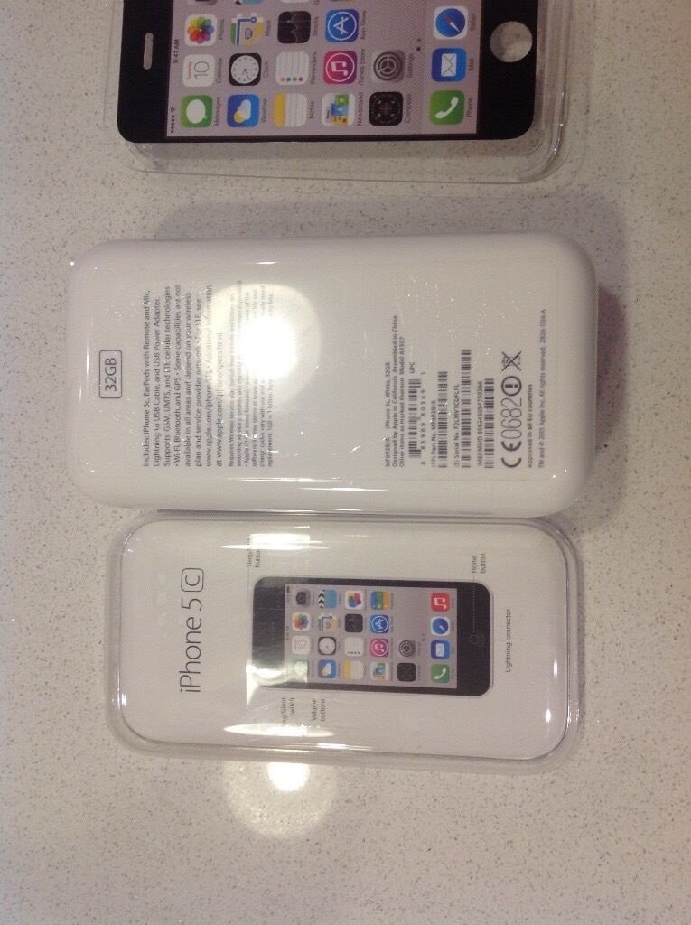iPhone 5c White 32gb box only