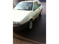 FOR SALE VERY NICE MAZDA121 GXI 1999