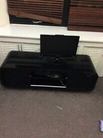 Black glossy tv unit