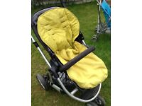Mamas & Papas buggy and carry cot