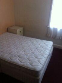 DOUBLE ROOM IN ALDGATE EAST £ 115 WEEK