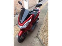 Honda 125 PCX 2015 scooter 1000 miles