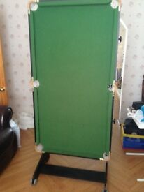 Snooker/pool table in good condition