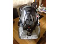 Recaro Young Profi Plus Group 0+ Infant Carrier + adapters for use on a Maclaren buggy