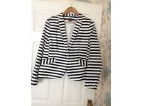 M&S collection black and white jacket size 18 excellent condition
