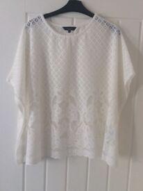 Ladies Lace Top BNWT
