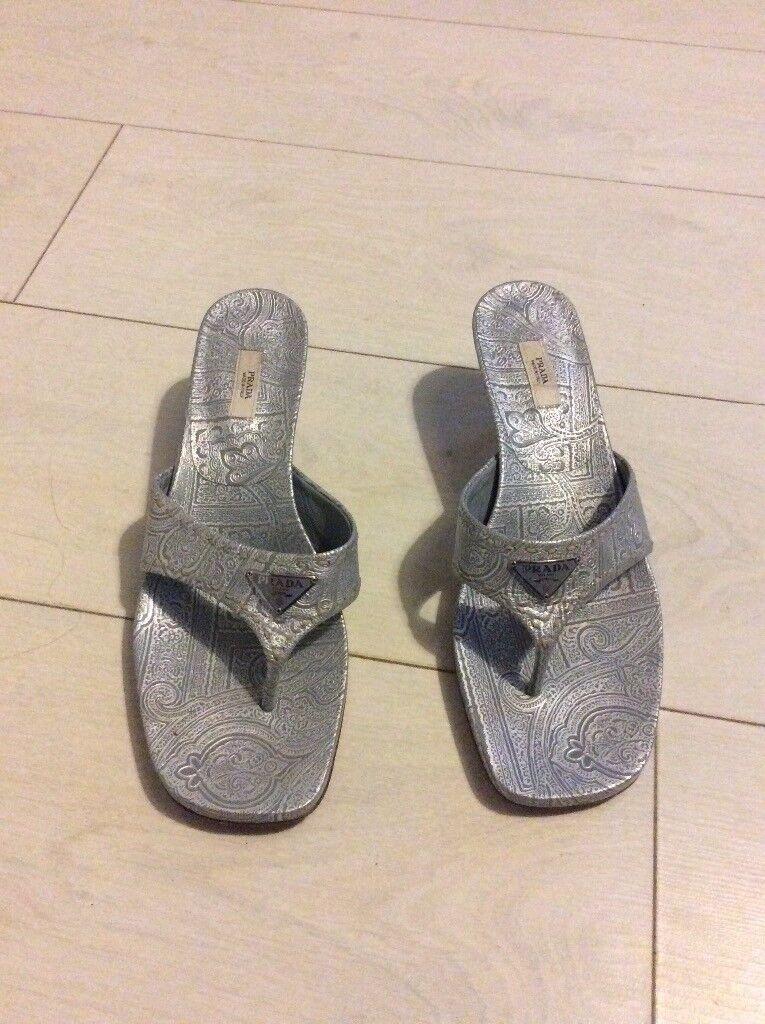 eab778bc212 Ladies Prada shoes