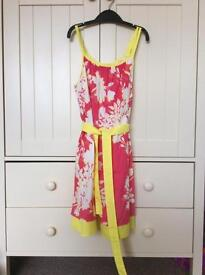 Beautiful lined Gap dress, in excellent condition age 10-11 years