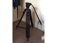 Up to 6KG camera fluid head tripod (JieWang0508) with bag plus extendable monopod (up to 1.5m)