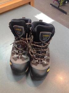 Asolo Stynger GTX Hiking Boots -Women's 7- (sku: Z14244)