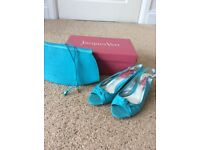 Jacques Vert size 4 shoes and matching clutch bag with detachable strap