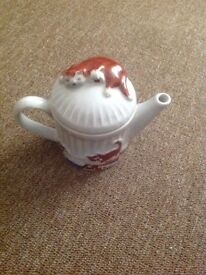 WADE Whimsical Teapot Feline collection - excellent condition