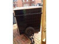 Single wheel base trailer