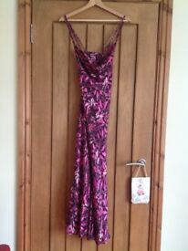 Elegant dress by Country Casuals, in beautiful Autumn colours size 14, excellent condition
