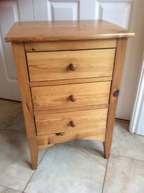 Pine bedside cabinet with three drawers