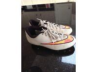 Nike kids size 1 football boots