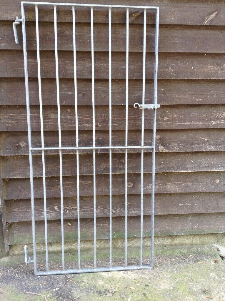 Heavy Duty Galvanised Metal Security Gate with hinges and lockable hatch