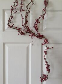 Glitter berries on wire - long length - great for any decoration including wedding tables