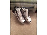 Girls/ladies ice skates