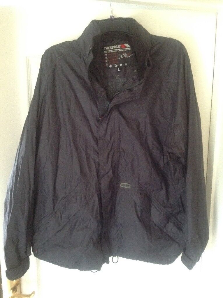 Trespass waterproof jacket and trousers