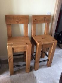 Indigo Solid oak bar/breakfast stools