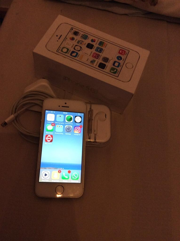 iPhone 5S gold 16GBin Enfield, LondonGumtree - iPhone 5s for sale very cheap and in very good condition some scratches along the side havent used for very long around 5 6 months old selling as been due for an upgrade
