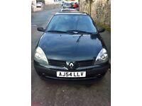 Renault CLIO 1.5 dci. Diesel. 2004. Mot Mid Oct. Tax £30. 3 Door.
