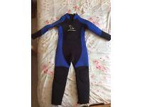 XL child's wetsuit