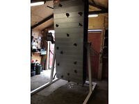 Fitness climbing wall electric