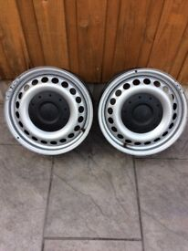 """VW TRANSPORTER 16""""STEEL WHEELS WITH HUB COVERS"""