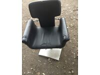 Chairs for hairdresser x4